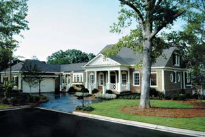 Home Plan - Classical Exterior - Front Elevation Plan #429-248