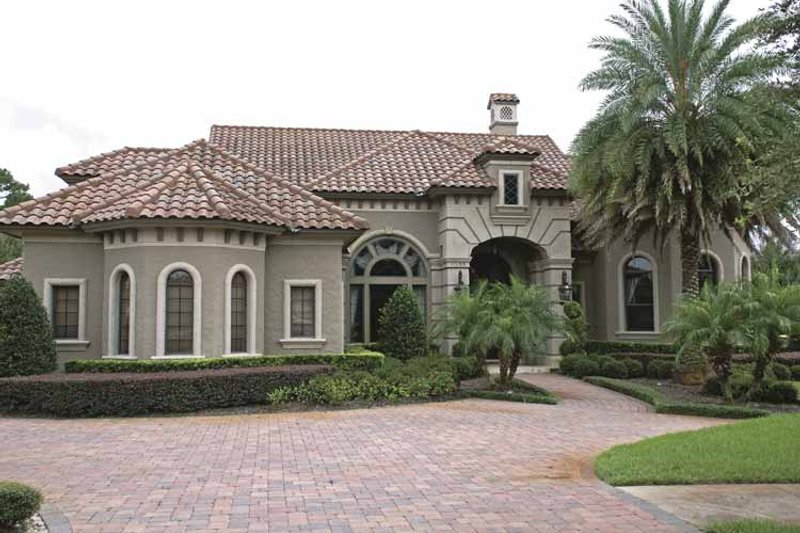 Mediterranean Exterior - Front Elevation Plan #1019-10