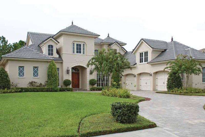 House Plan Design - European Exterior - Front Elevation Plan #1019-13