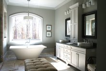 Craftsman Interior - Master Bathroom Plan #929-889
