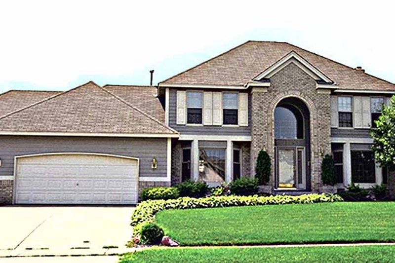 House Plan Design - Traditional Exterior - Front Elevation Plan #51-852