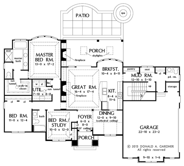 Architectural House Design - Country Floor Plan - Main Floor Plan #929-985