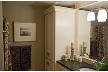 Classical Interior - Bathroom Plan #928-240