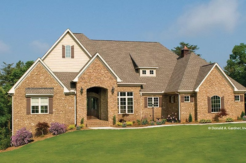 European Exterior - Front Elevation Plan #929-914 - Houseplans.com