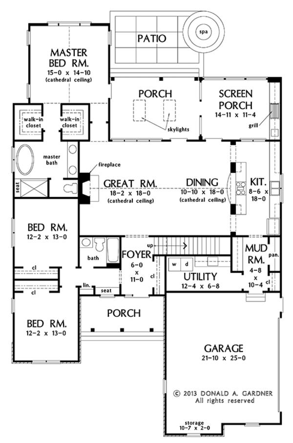 Traditional Floor Plan - Main Floor Plan Plan #929-979