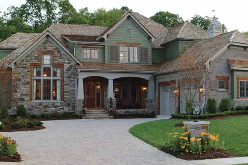 Craftsman Exterior - Front Elevation Plan #453-382 - Houseplans.com