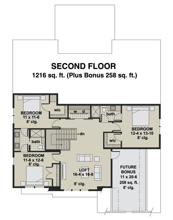 Craftsman Floor Plan - Upper Floor Plan #51-1174