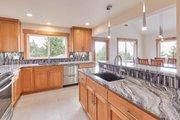 Craftsman Style House Plan - 2 Beds 2.5 Baths 2050 Sq/Ft Plan #890-12 Interior - Kitchen