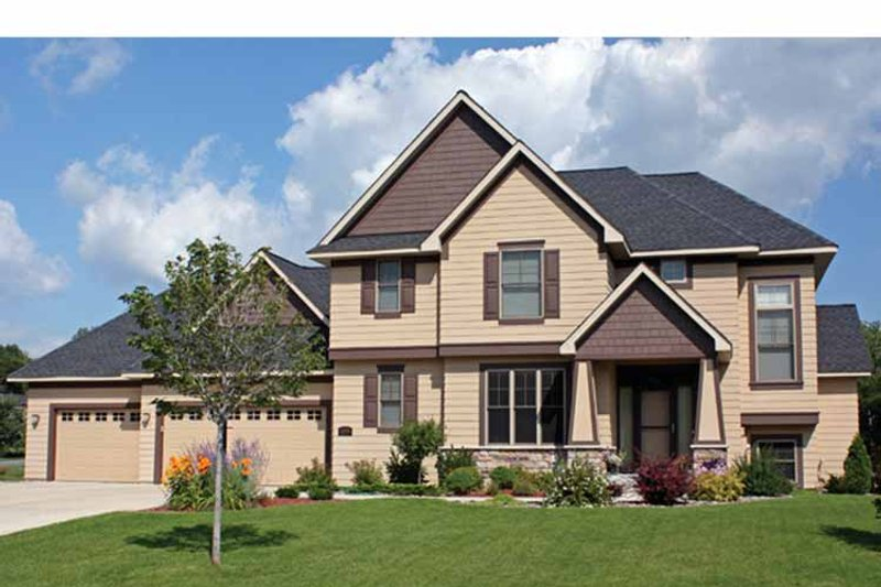 Traditional Exterior - Front Elevation Plan #51-1087 - Houseplans.com