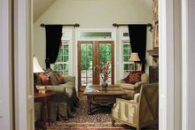 Traditional Interior - Family Room Plan #929-605