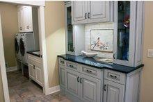 House Plan Design - Ranch Interior - Laundry Plan #928-2