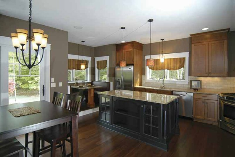 Bungalow Interior - Kitchen Plan #928-169 - Houseplans.com