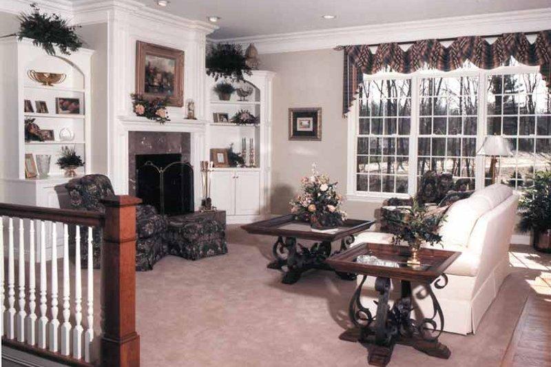 Country Interior - Family Room Plan #46-715 - Houseplans.com