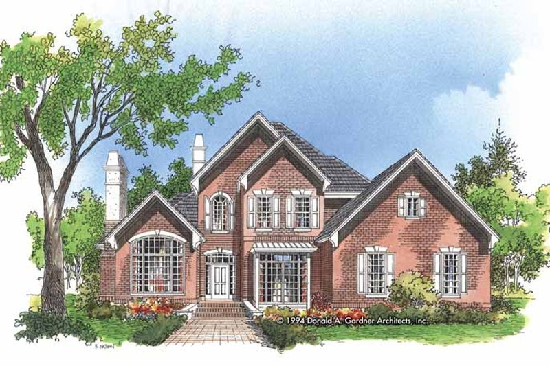 Traditional Style House Plan - 4 Beds 3 Baths 2833 Sq/Ft Plan #929-456 Exterior - Front Elevation
