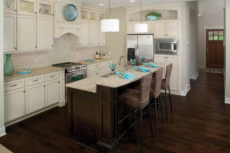 Traditional Interior - Kitchen Plan #928-111 - Houseplans.com