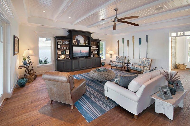 Country Interior - Family Room Plan #1017-168 - Houseplans.com