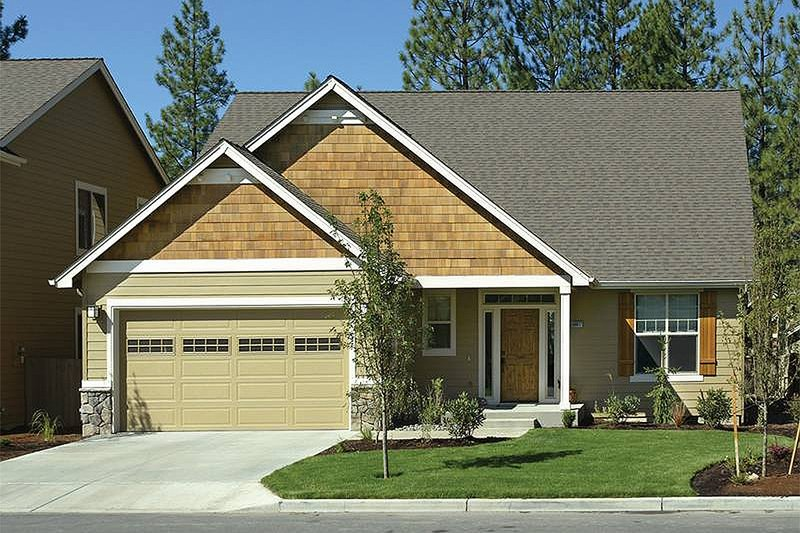Home Plan - Front View - 1950 square foot Craftsman home