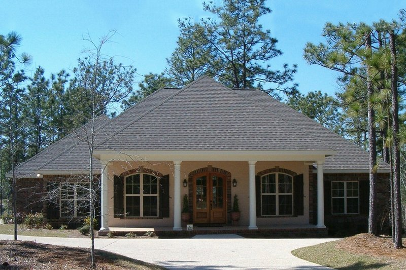 Architectural House Design - 2800 square foot Southern home