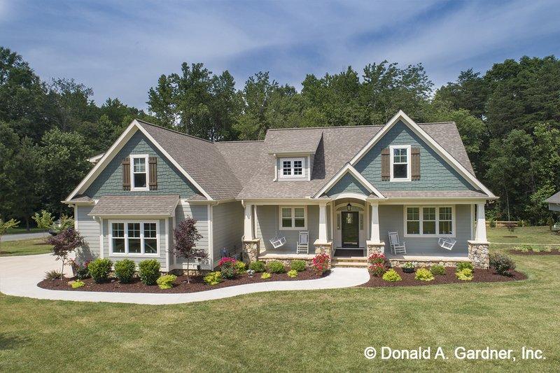 Architectural House Design - Craftsman Exterior - Front Elevation Plan #929-1043