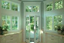 Craftsman Interior - Master Bathroom Plan #132-353