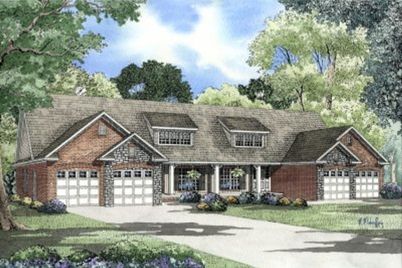 Dream House Plan - Traditional Exterior - Front Elevation Plan #17-1078