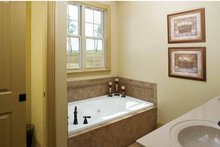 House Plan Design - Country Interior - Master Bathroom Plan #929-634