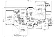 European Style House Plan - 6 Beds 4.5 Baths 2360 Sq/Ft Plan #5-278 Floor Plan - Main Floor