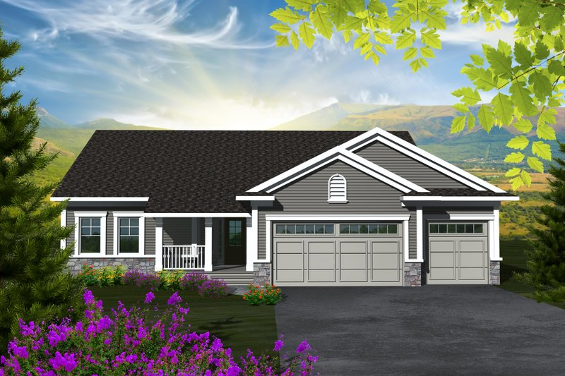 Traditional Style House Plan - 3 Beds 2 Baths 1501 Sq/Ft Plan #70-1131 Exterior - Front Elevation