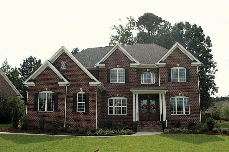 Colonial Exterior - Front Elevation Plan #927-564 - Houseplans.com