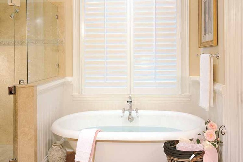 Classical Interior - Bathroom Plan #429-85 - Houseplans.com
