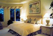Contemporary Interior - Bedroom Plan #930-108