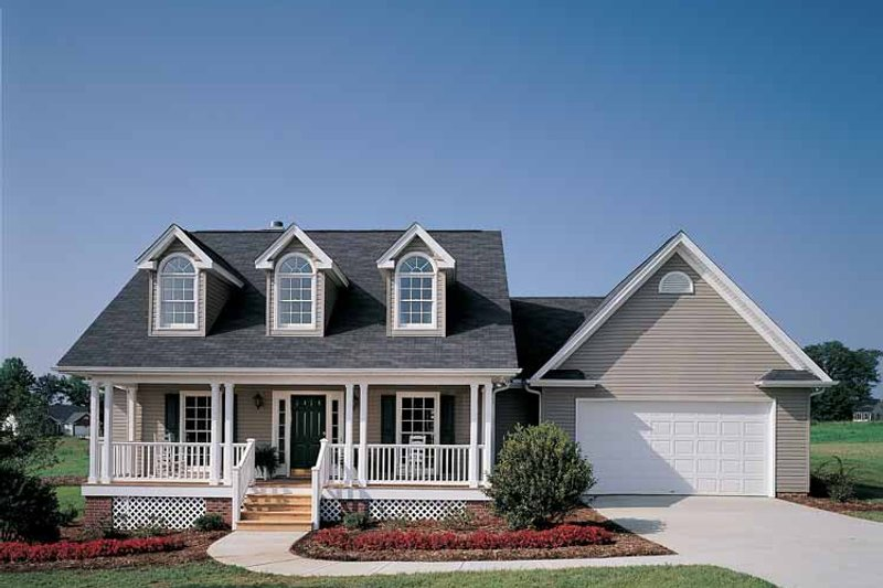 Home Plan - Country Exterior - Front Elevation Plan #929-221