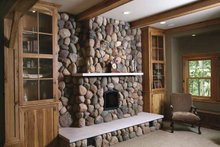 Traditional Interior - Family Room Plan #928-33