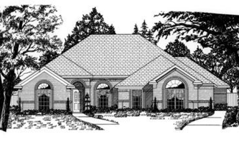 Traditional Style House Plan - 4 Beds 2 Baths 2462 Sq/Ft Plan #62-113 Exterior - Front Elevation
