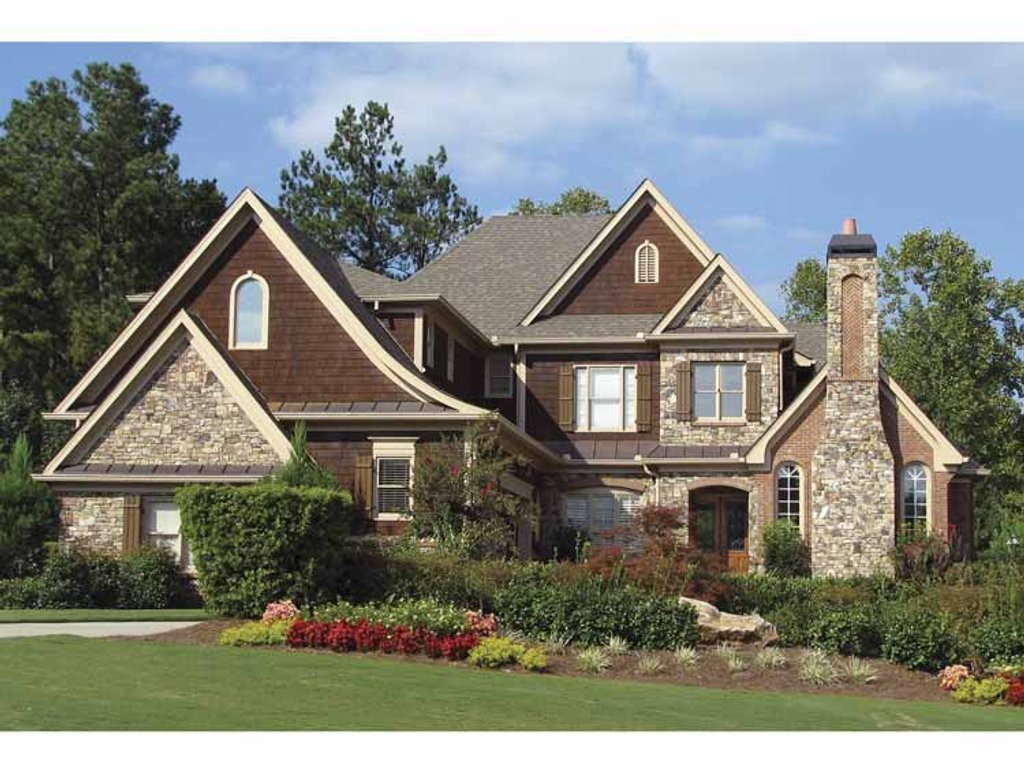 Craftsman style house plan 4 beds 4 5 baths 4332 sq ft for Craftsman vs mission style