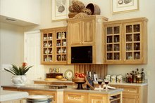 Mediterranean Interior - Kitchen Plan #417-796