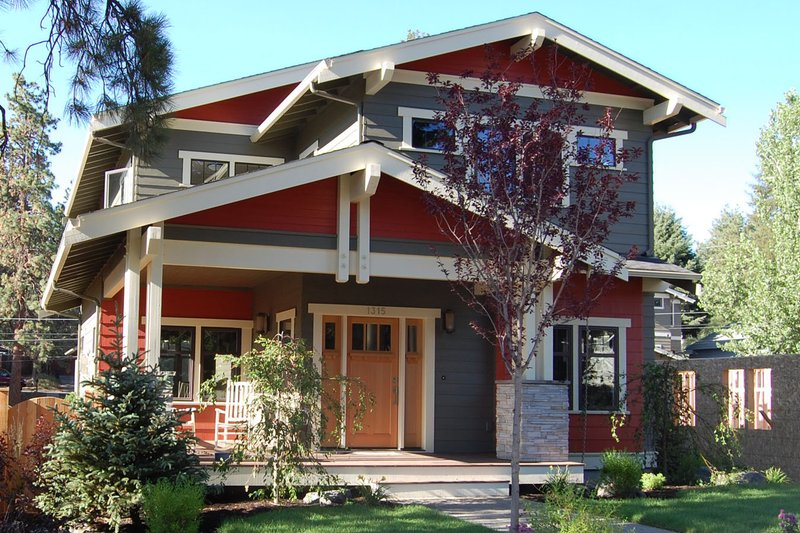 Craftsman Style House Plan - 3 Beds 2.5 Baths 2138 Sq/Ft Plan #895-2 Exterior - Front Elevation