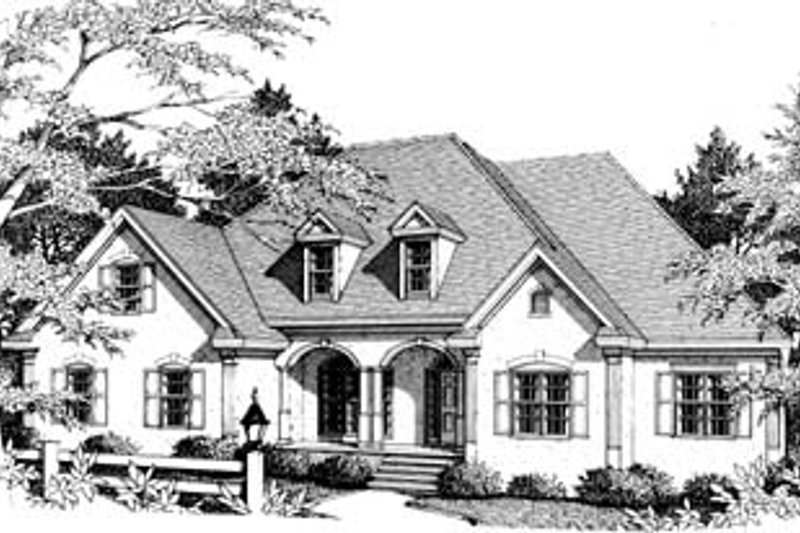 European Style House Plan - 3 Beds 2 Baths 2290 Sq/Ft Plan #10-102 Exterior - Front Elevation