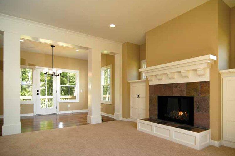 Country Interior - Family Room Plan #928-96 - Houseplans.com