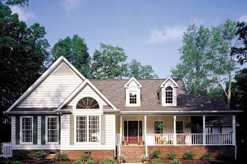 Country Exterior - Front Elevation Plan #929-206