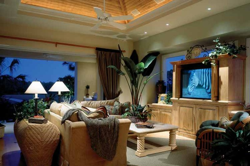 Mediterranean Interior - Family Room Plan #930-45 - Houseplans.com