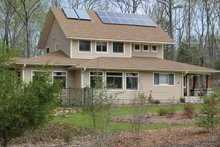 Country Exterior - Front Elevation Plan #939-11