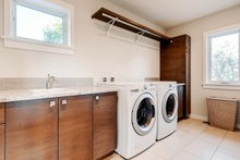 Contemporary Interior - Laundry Plan #1042-19