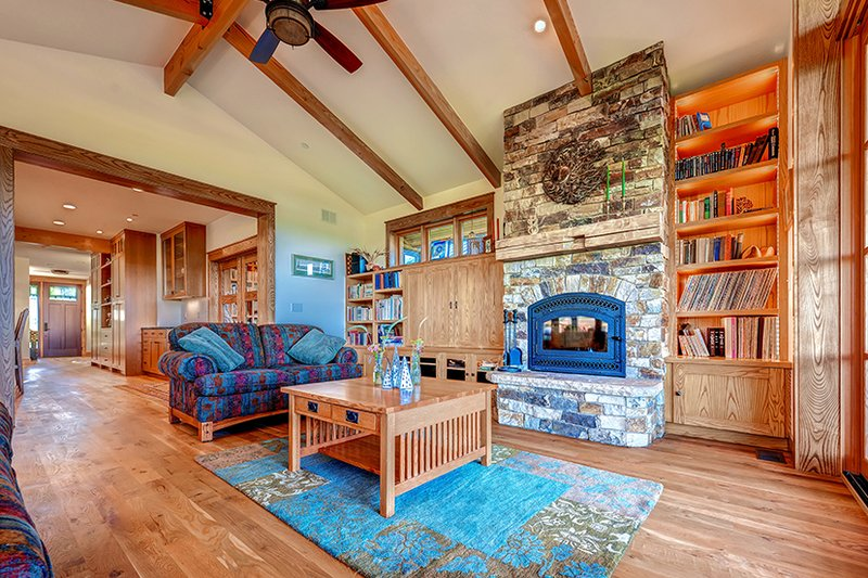 Prairie Interior - Family Room Plan #1042-18 - Houseplans.com
