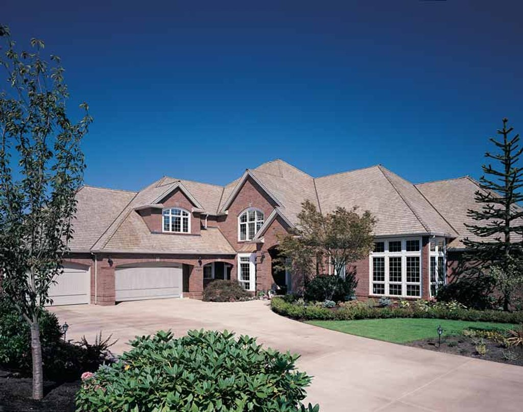 Traditional Style House Plan - 4 Beds 5.5 Baths 5823 Sq/Ft Plan #48 ...