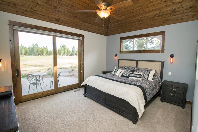 Craftsman Interior - Master Bedroom Plan #892-11 - Houseplans.com