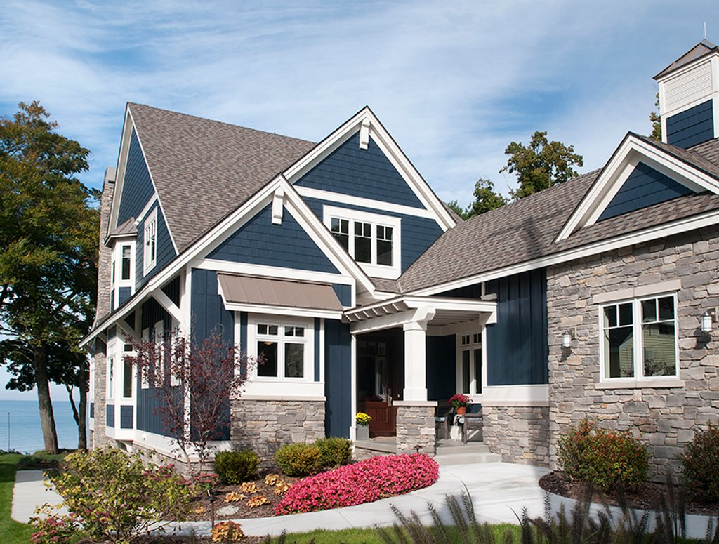 Craftsman style house plan 2 beds 2 5 baths 2851 sq ft for Craftsman vs mission style