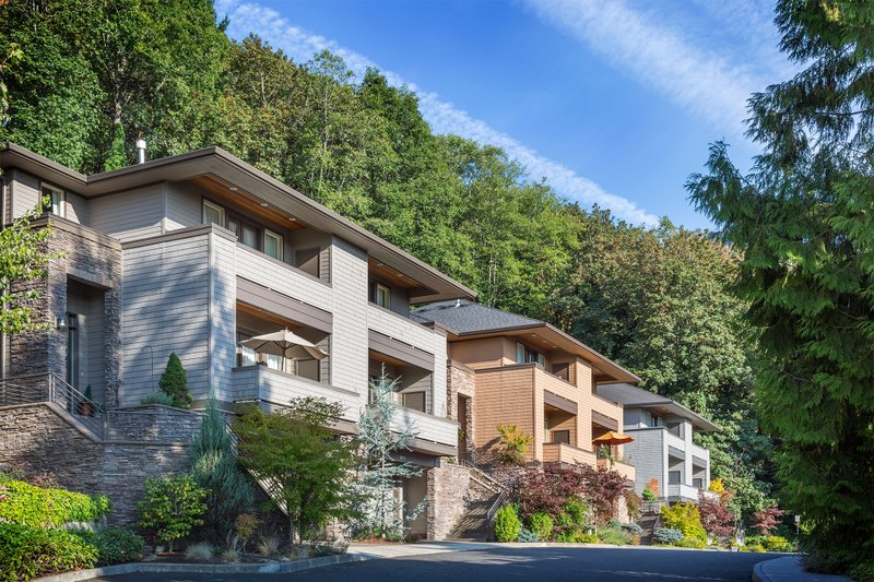 Modern Exterior - Front Elevation Plan #48-261 - Houseplans.com