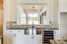 Southern Interior - Kitchen Plan #1074-8