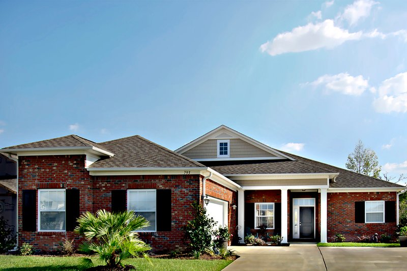 Home Plan - Traditional Exterior - Front Elevation Plan #930-483